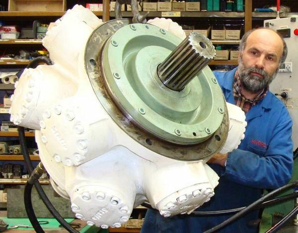 moteur hydraulique staffa kawasaki